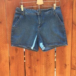 St. John's Bay Jean Shorts Size 14